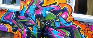 Graffiti in Essen Kray Hauswand Line Zug