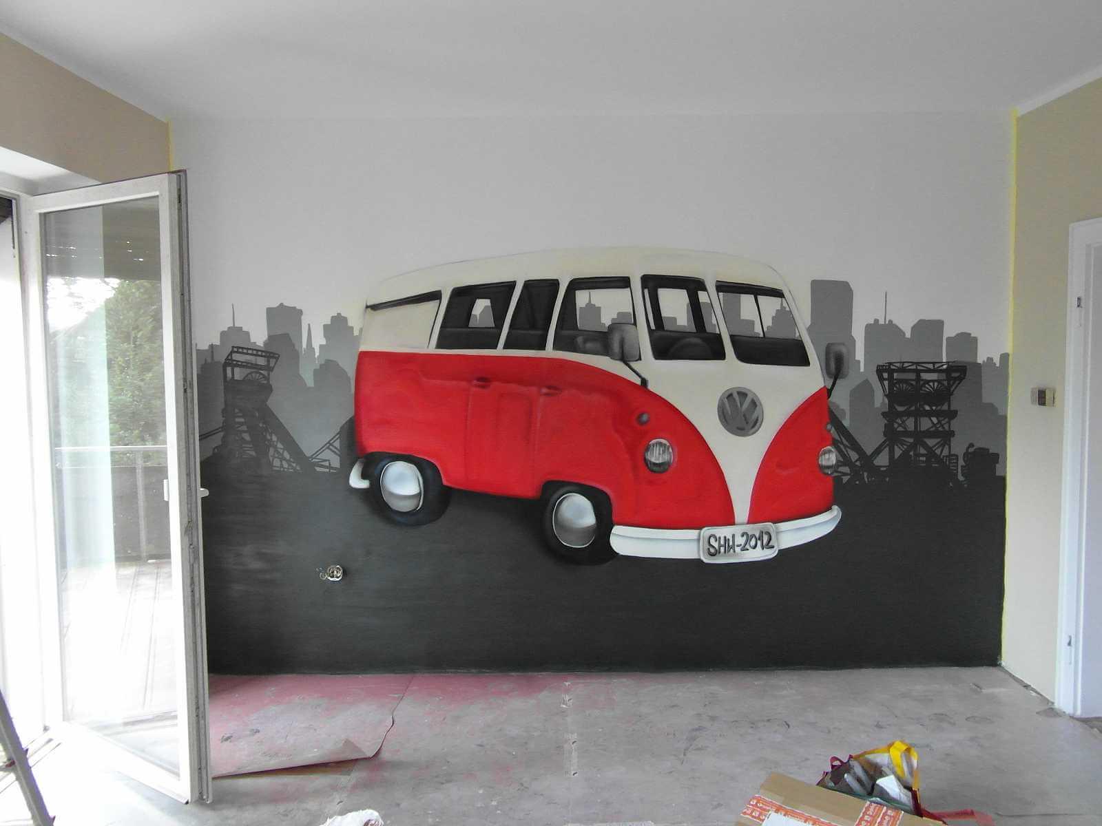 VW Van Oldtimer Graffiti im Wohnzimmer Skyline von Essen