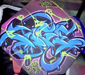 Graffiti auf Pappe Toge