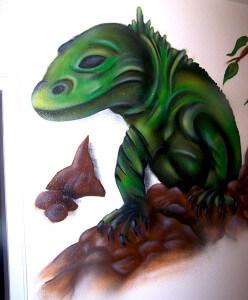 Echse als Graffiti in der Wohnung in Dorsten